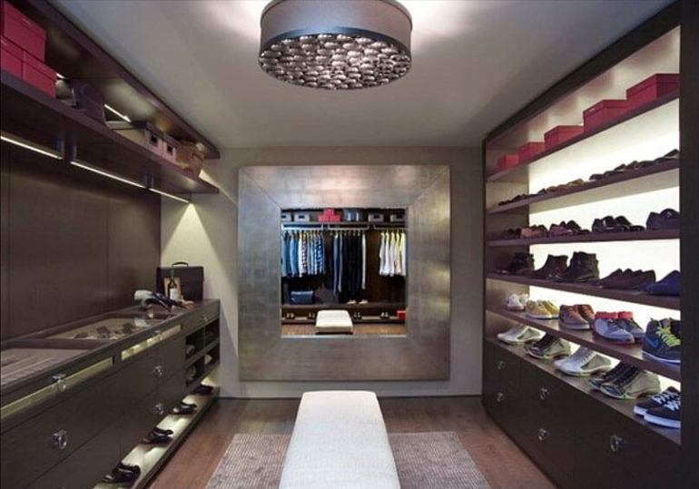 Amazing closet drawer system #walkinclosetdesign #closetorganization #bedroomcloset
