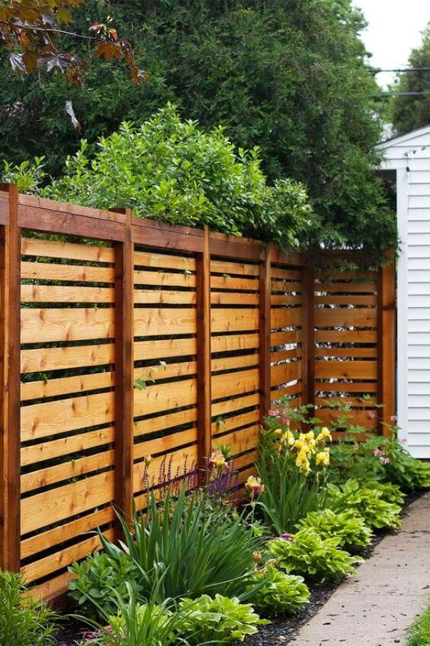 Unleash deck privacy screen #privacyfenceideas #gardenfence #woodenfenceideas