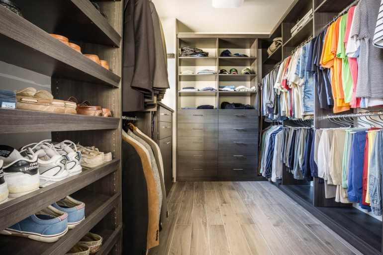 Marvelous closet organizer for small closet #walkinclosetdesign #closetorganization #bedroomcloset