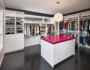 Striking Small Walk In Closet Ideas #walkinclosetdesign #closetorganization  #bedroomcloset
