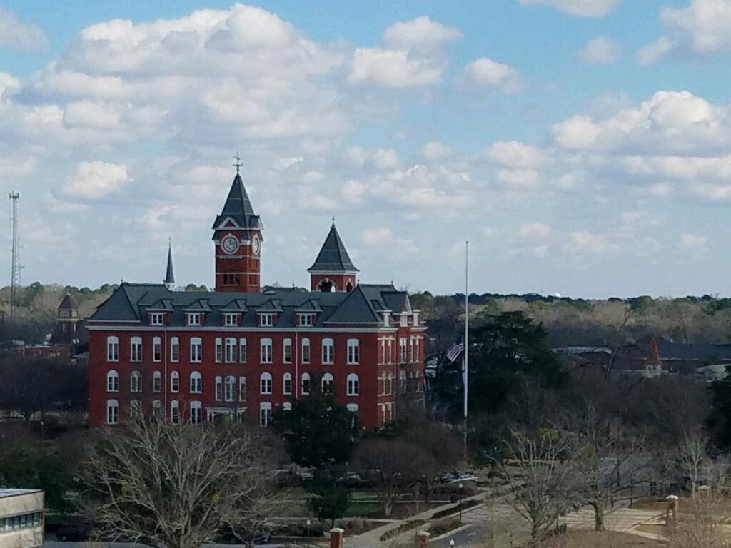 William J  Samford Hall, Auburn University – Veritas College