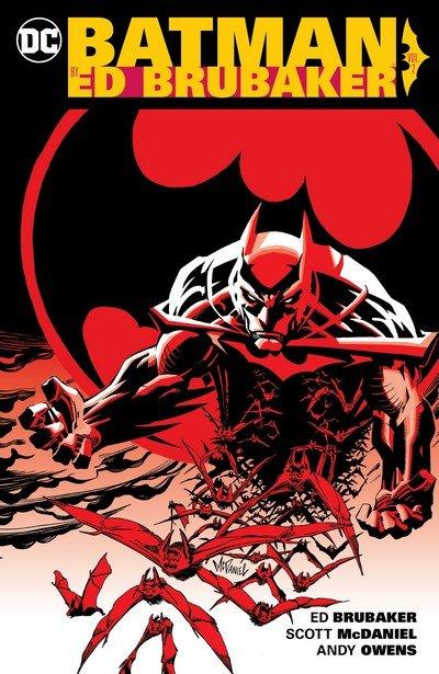 Batman by Ed Brubaker Vol. 2 (2016)