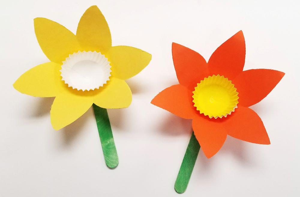 Flower From Paper Craft Daffodil Diy Craft flower from paper craft getfuncraft.com