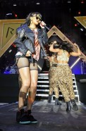 Rihanna+Rihanna+Live+in+London+DXmDSZTkob-l