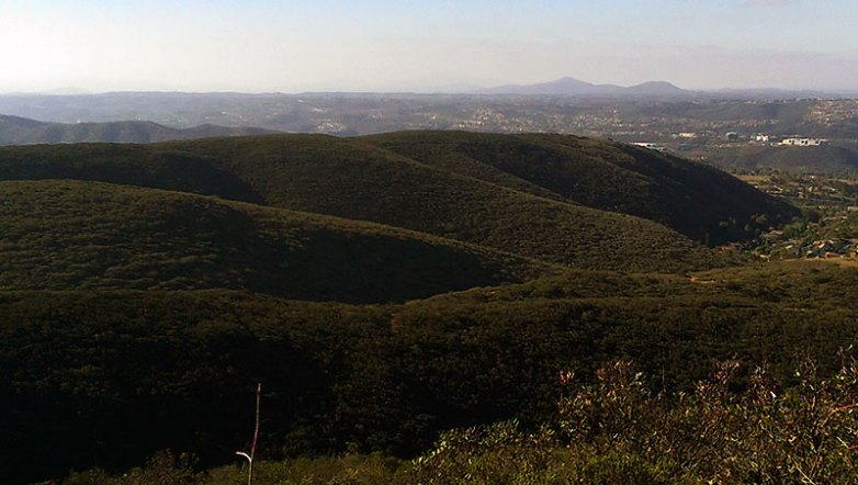 San Diego Hiking: Mission Trails from Black Mountain Summit