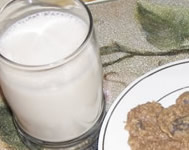 almond-cashew nut milk