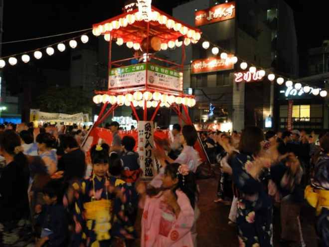 Bon dance in Shintenchi at the Toukasan Yukata Festival