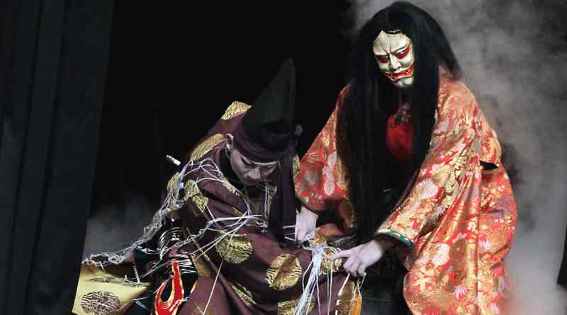 tsuchigumo performed by the Asashi-ga-Oka kagura troupe