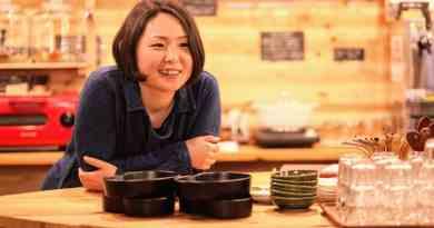 Hachidori-sha Social Book Cafe