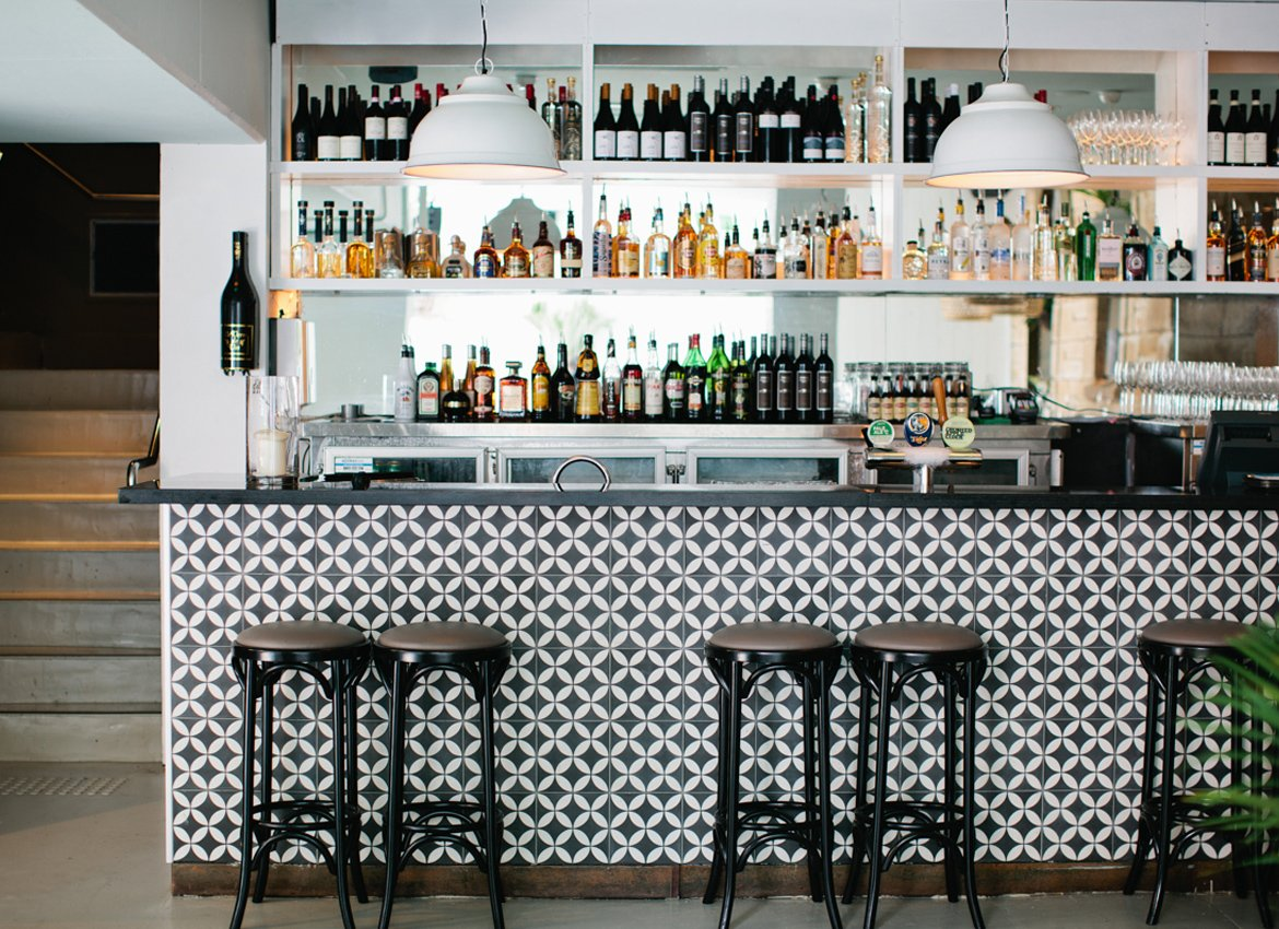 MH_Project_The_Village_Bar (1)