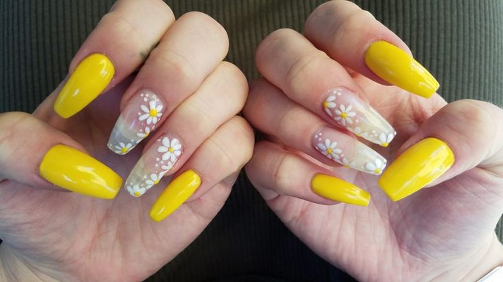 Easter Nail Art Ideas You Can Copy This 2020 Using Lds Dipping