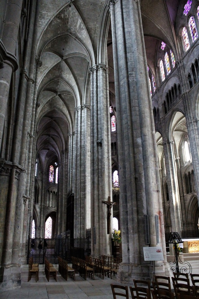 Bourges interno cattedrale saint Etienne
