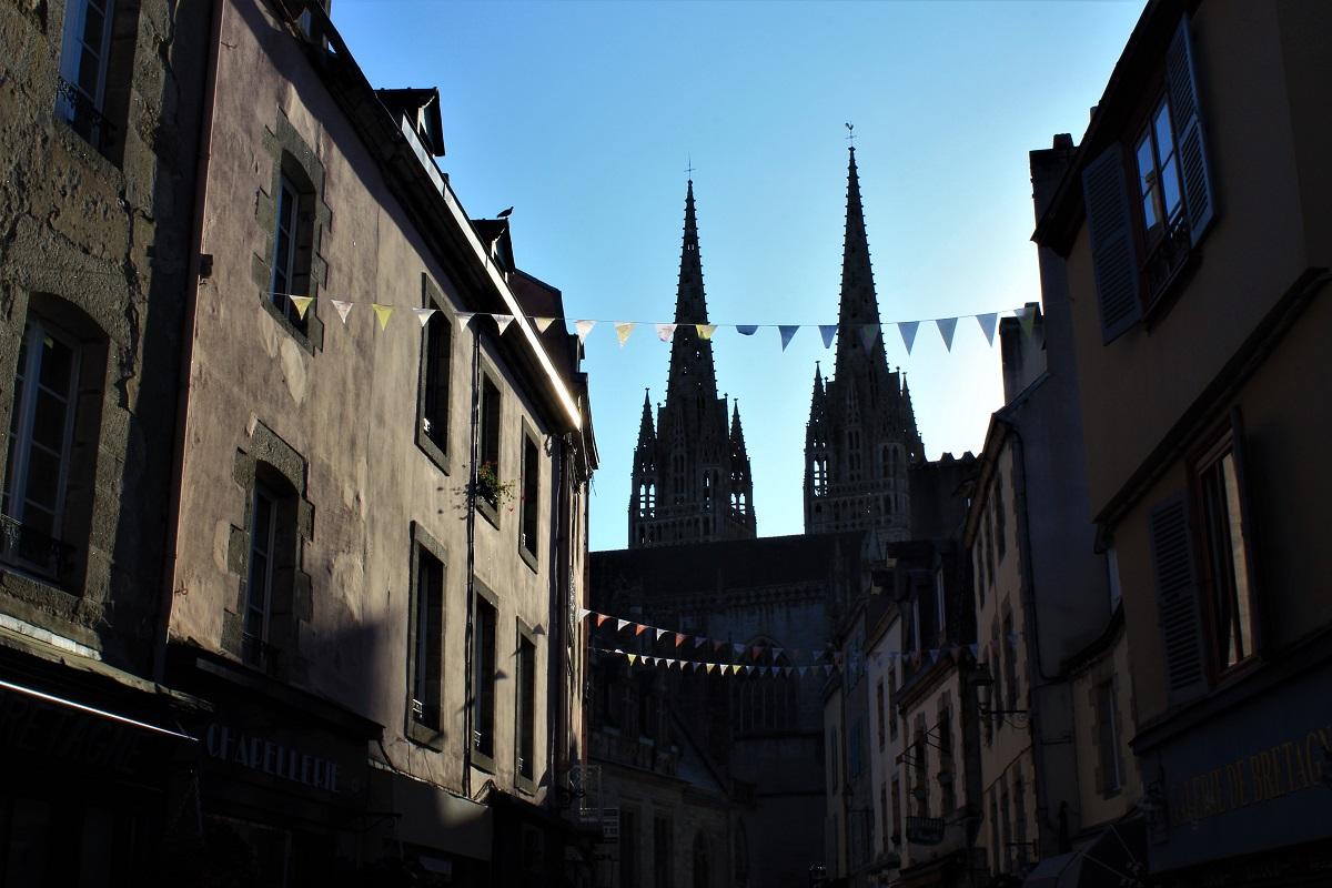 Quimper - Quimper-cattedrale-in-penombra.jpg