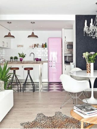 An ecclectic approach to a feminine townhouse.