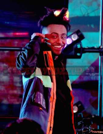 """LOS ANGELES, CA - NOVEMBER 17: Rapper Amine performs onstage at MTV's """"Wonderland"""" LIVE Show on November 17, 2016 in Los Angeles, California. (Photo by Randy Shropshire/Getty Images for MTV) *** Local Caption *** Amine"""