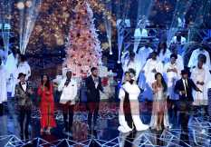 TARAJI'S WHITE HOT HOLIDAYS: (L-R) October London, Taraji P. Henson, Tyrese Gibson, Jussie Smollett, Andra Day, Candice Boyd and Ne-Yo perform at TARAJI'S WHITE HOT HOLIDAYS airing Thursday, Dec. 8 (8:00-9:00 PM ET/PT) on FOX. ©2016 Fox Broadcasting Co. CR: Frank Micelotta/FOX
