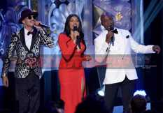 TARAJI'S WHITE HOT HOLIDAYS: (L-R) October London, Taraji P. Henson and Tyrese Gibson perform at TARAJI'S WHITE HOT HOLIDAYS airing Thursday, Dec. 8 (8:00-9:00 PM ET/PT) on FOX. ©2016 Fox Broadcasting Co. CR: Michael Becker/FOX