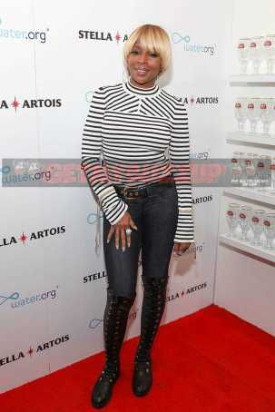 PARK CITY, UT - JANUARY 21: Mary J. Blige at the 'Mudbound' party in the Stella Artois Filmmaker Lounge during the Sundance Film Festival on January 21, 2017 in Park City, Utah. (Photo by Rick Kern/Getty Images for Stella Artois)