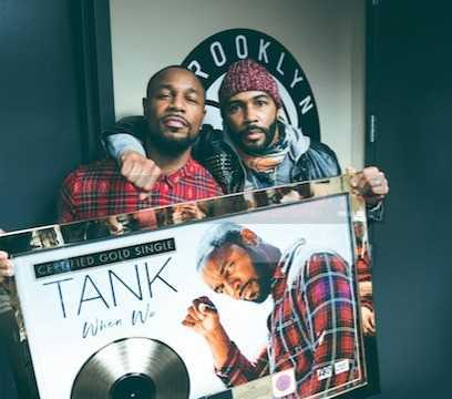 OMARI HARDWICK PRESENTS TANK WITH THE GOLD PLAQUE ONSTAGE AT THE BARCLAY CENTER
