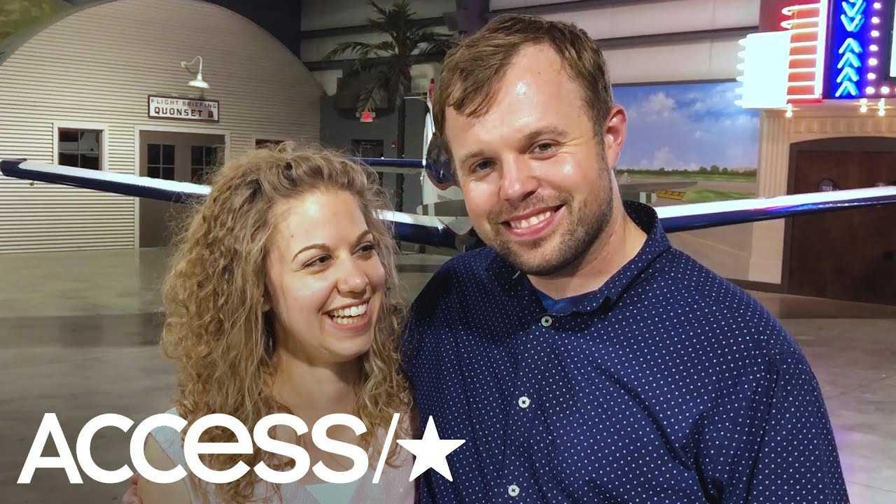 John-David Duggar & Abbie Burnett Are Engaged!   Access