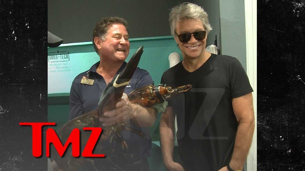 Jon Bon Jovi Meets Bon Jovi, a 19-Pound Lobster, at Long Island Store | TMZ