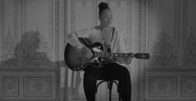 "🎶ELLE VARNER RELEASES VISUALS FOR NEW SINGLE ""LOVING U BLIND""🎶 [Music Video]"