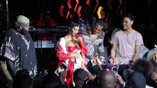"Teyana Taylor Live Vegas ""Tempted to Touch 2018"""