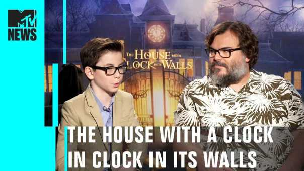 'The House with a Clock in its Walls' Cast Play 'This or That'   MTV News