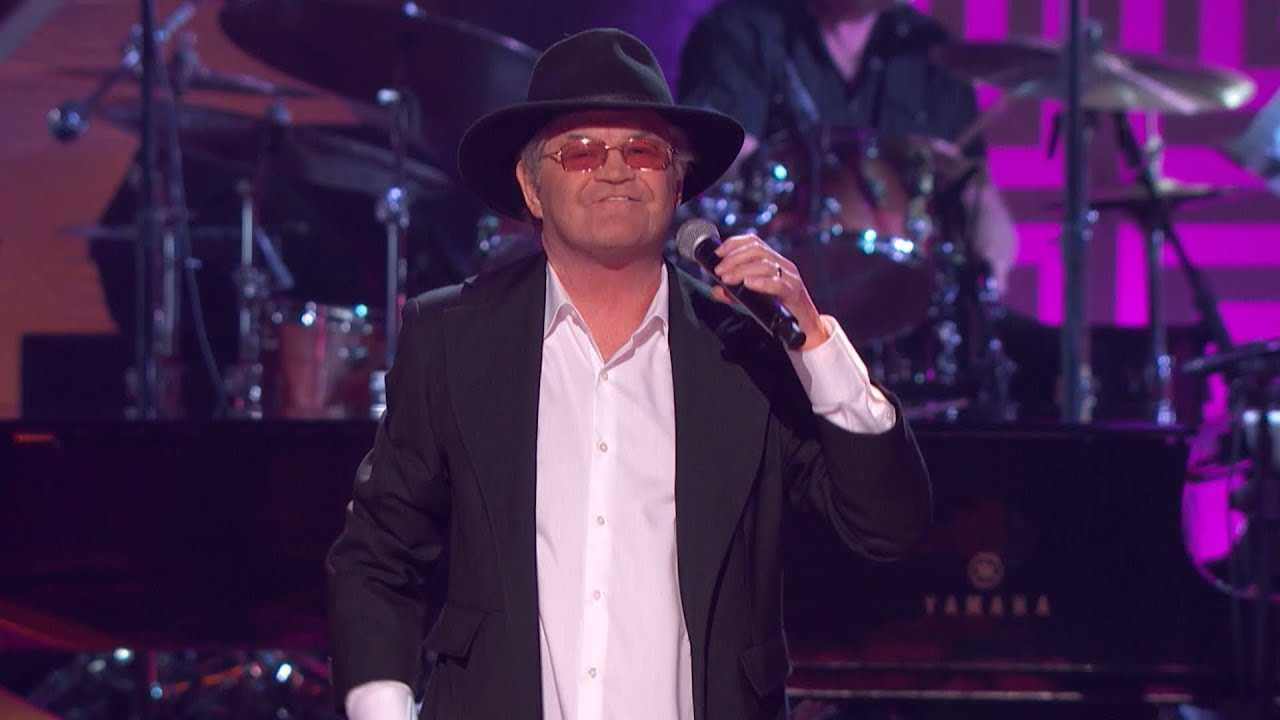 Micky Dolenz Pays Tribute To Neil Diamond On 'GRAMMY Salute To Music Legends'