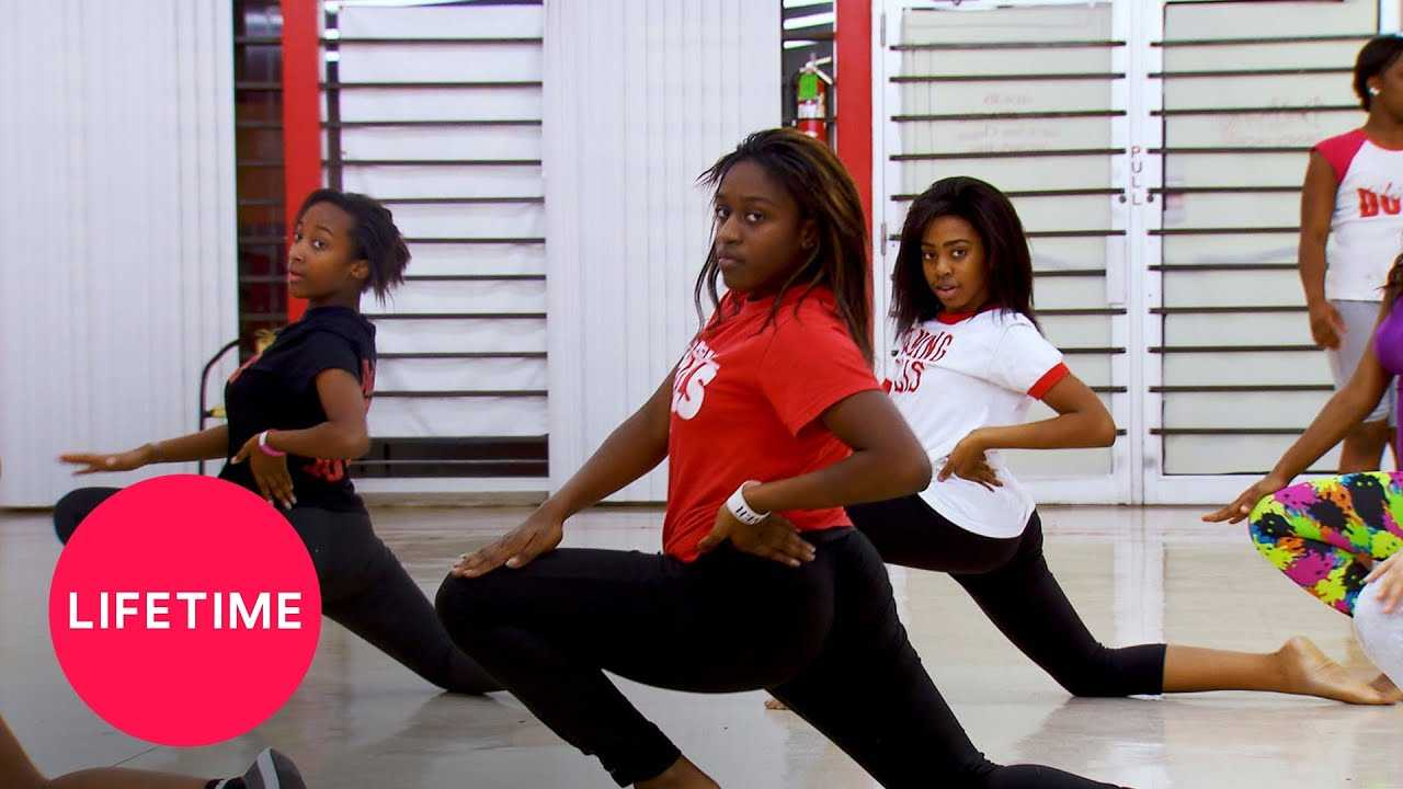Bring It!: Dance Digest - Battle in Memphis (Season 1, Episode 2) | Lifetime