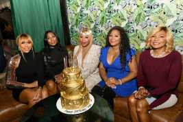 """WEST HOLLYWOOD, CALIFORNIA - APRIL 02: (L-R) Tamar Braxton, Towanda Braxton, Traci Braxton, Trina Braxton, and Evelyn Braxton are seen as We TV celebrates the premiere of """"Braxton Family Values"""" at Doheny Room on April 02, 2019 in West Hollywood, California. (Photo by Earl Gibson III/Getty Images for WE tv )"""