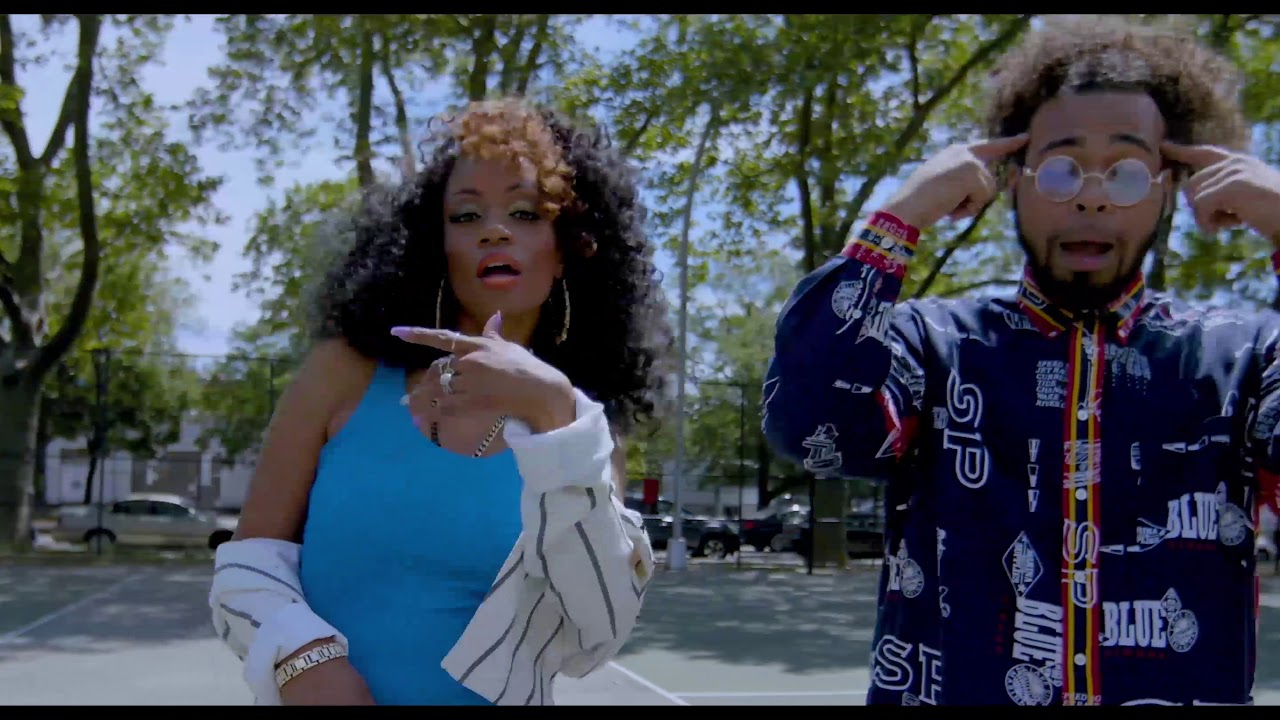 Chris Rivers Feat. Lydia Caesar - Old Thing Back [Video]