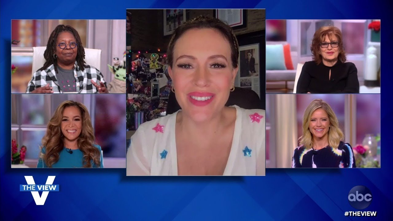 """Alyssa Milano Shares About COVID-19 Recovery and New Book """"Hope: Project Class President"""" 