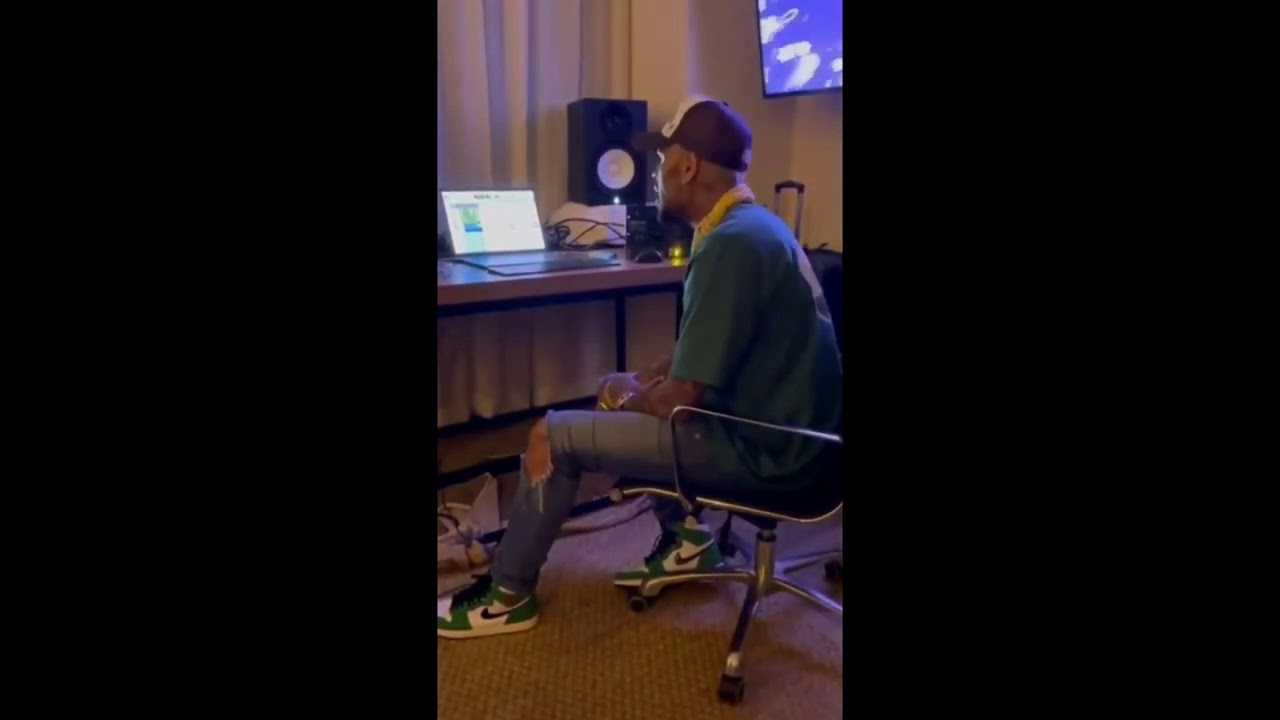 Chris Brown - Sleep At Night ('OnlyFans' Snippet)