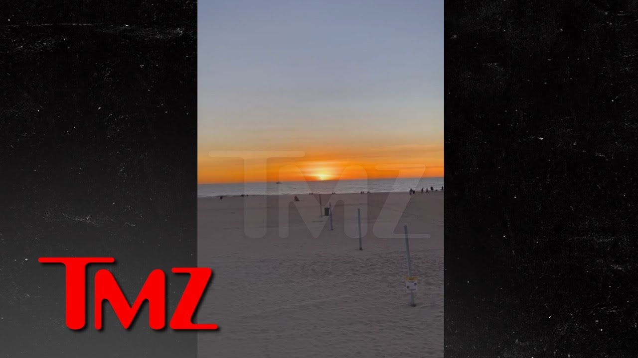 Sun Sets on 2020 in L.A. as Beachgoers Cheer and Applaud | TMZ