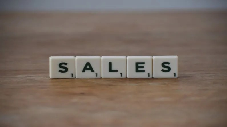 write a sales letter or webinar