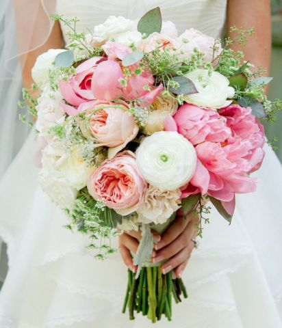 Tips for Decorative Wedding Flowers   Get Ordained