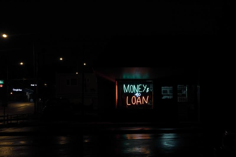 money to loan sign