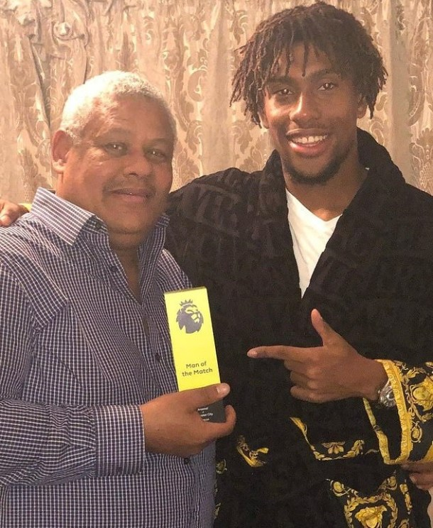 Super Eagles star Alex Iwobi hands his Man of the Match prize to his dad after helping Arsenal trash Leicester 3 -1(Hilarious Video)