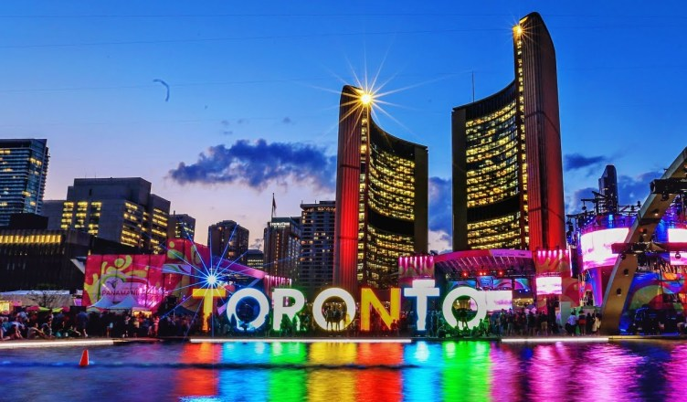 5 Best Places to Travel in Toronto