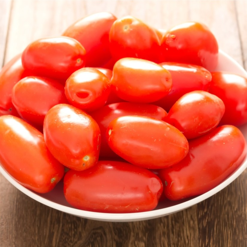 Roma tomatoes with various benefits contained therein