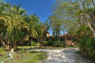 3799-flamingo-avenue-driveway-view