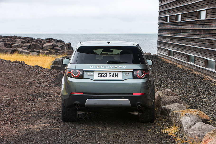 LR_Discovery_Sport_24