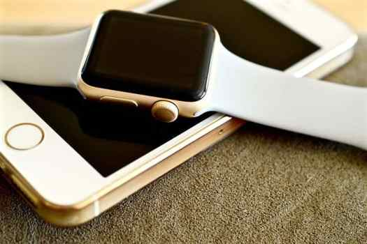 apple-watch-1694985__480 Can Implementing AI Transform the Healthcare Industry?