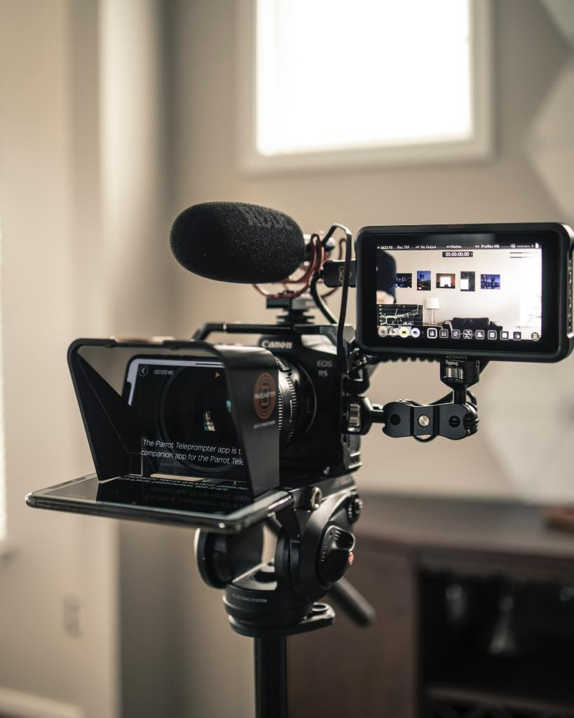 WFH: Using a teleprompter on Zoom