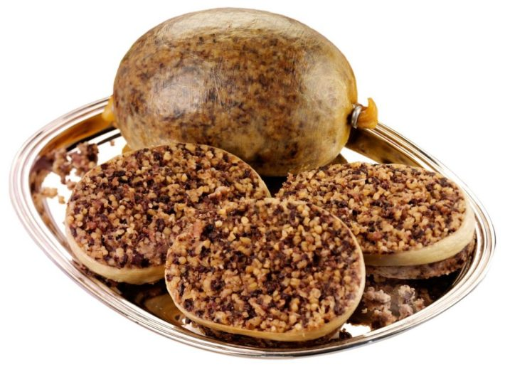 Bizarre Meals People Love to Eat | Haggis - Scotland