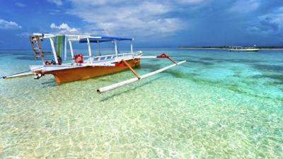 The Beauty of Lombok Island - Gets Ready