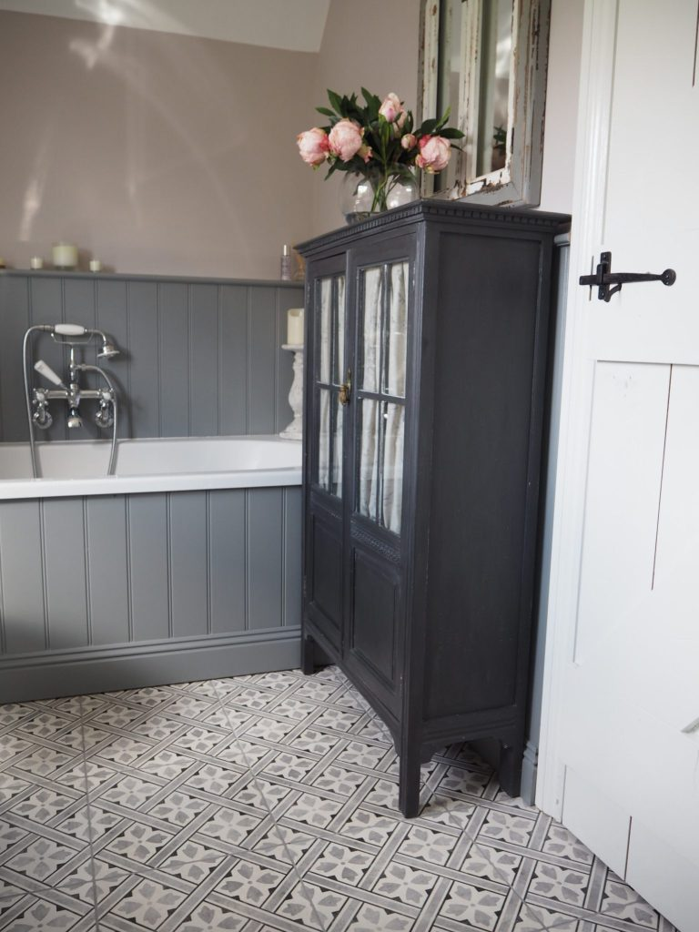 Bathroom Storage – That Cupboard!