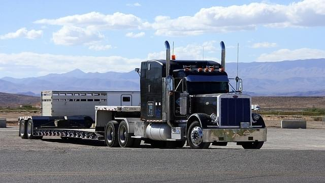 The best trucking company to start out with