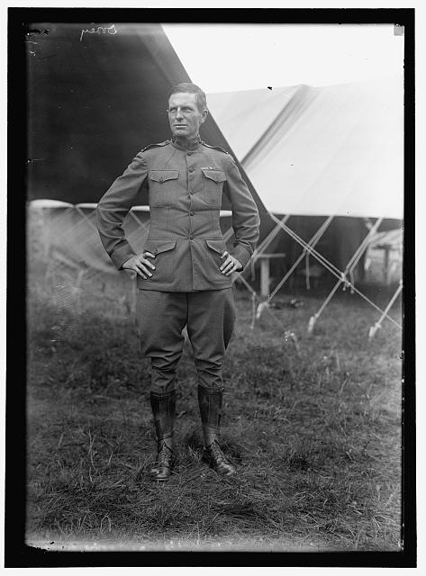Dorey Halsted, Captain of the 4th Infantry, photo taken 1916. LC-DIG-hec-07386